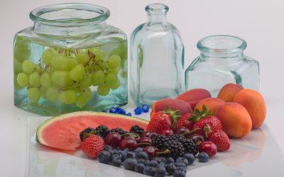 Słodka i zdrowa pomoc, czyli prozdrowotne działanie niektórych owoców.
